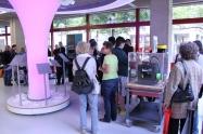 Der Stand der Stadtbibliothek mit 3D-Drucker, 3D-Scanner und dem 3Doodler.