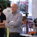 Das Team von 3Dmensionals scannte Besucherköpfe, ließ Felix-Drucker laufen und führte in die Bedienung von Blender ein.