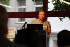 Ungewohnte Fragen eines unüblichen Publikums erfordern genaueste Aufmerksamkeit ©Stadtbibliothek Köln
