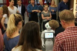 """Pepper von """"Humanizing Technologies"""""""